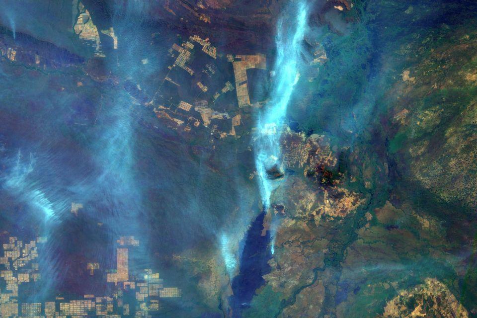 amazonas satellitenbilder